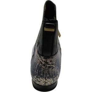 Calvin Klein Shoes - Calvin Klein Women's Eunice Pointed-Toe Booties 8